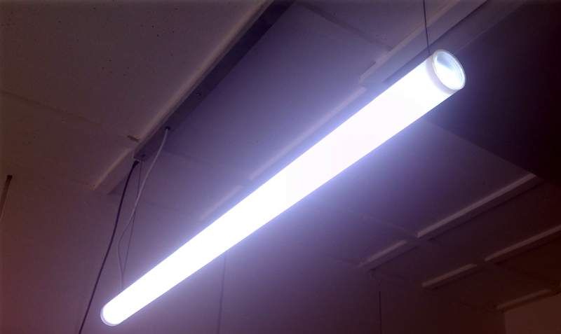 CON-TUBELED 100 cm 19,2W